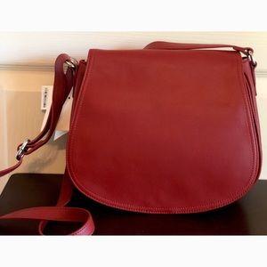 NWT- Giani Bernini Leather Purse